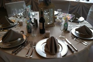 Pinecrest_decorated_for_reception_3-2