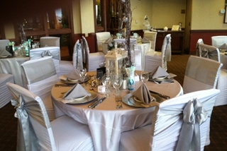 Pinecrest_decorated_for_reception_2-2